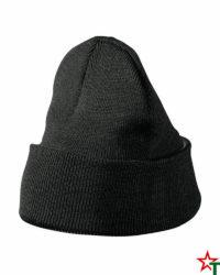Black Зимна шапка Capos